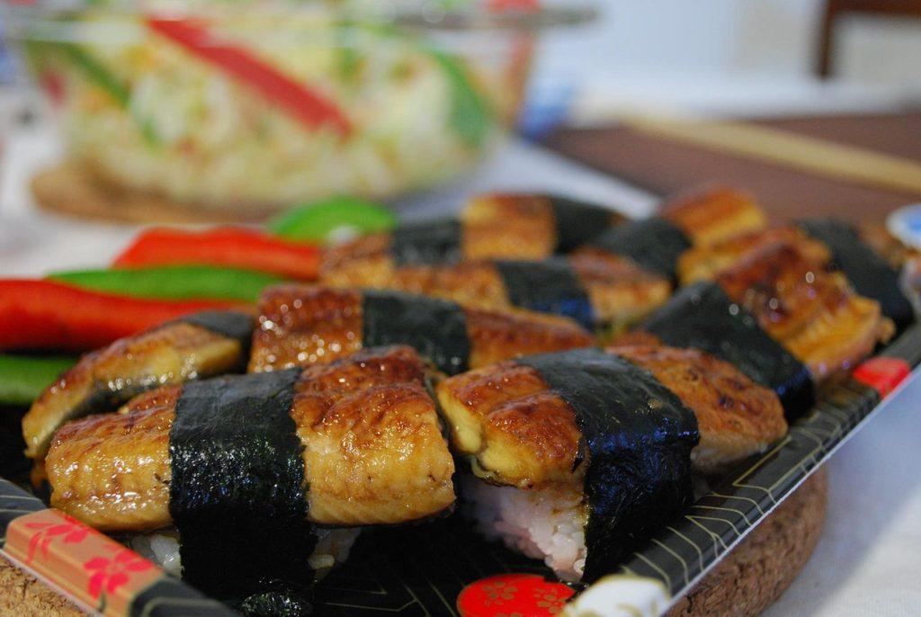 141116-eel-as-food