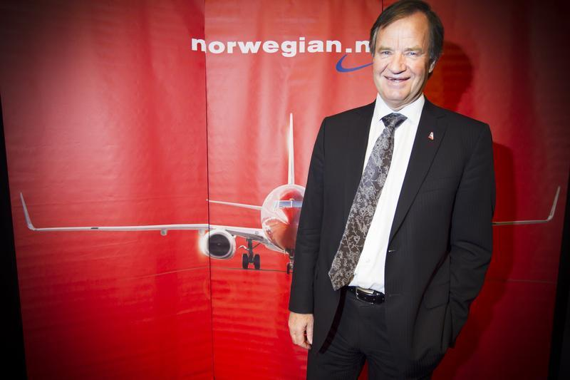CEO of Norwegian Air Shuttle, Bjoern Kjos, poses at a news conference where he spoke about the low-cost airline's plans to buy 222 new aircraft in Oslo 25 January 2012. Heiko Junge / Scanpix/Reuters