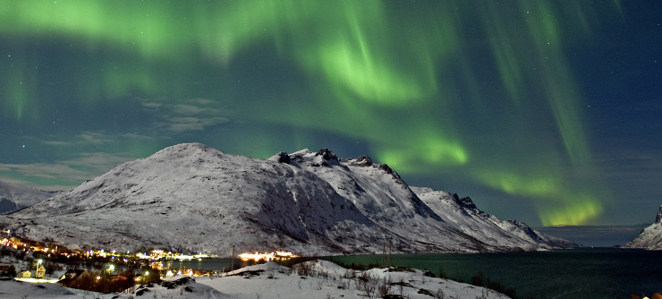 170114_Northern_lights_Ersfjord_Tromso_Norway