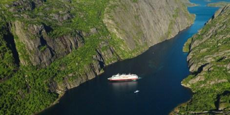270114_MSNordkapp_Trollfjorden