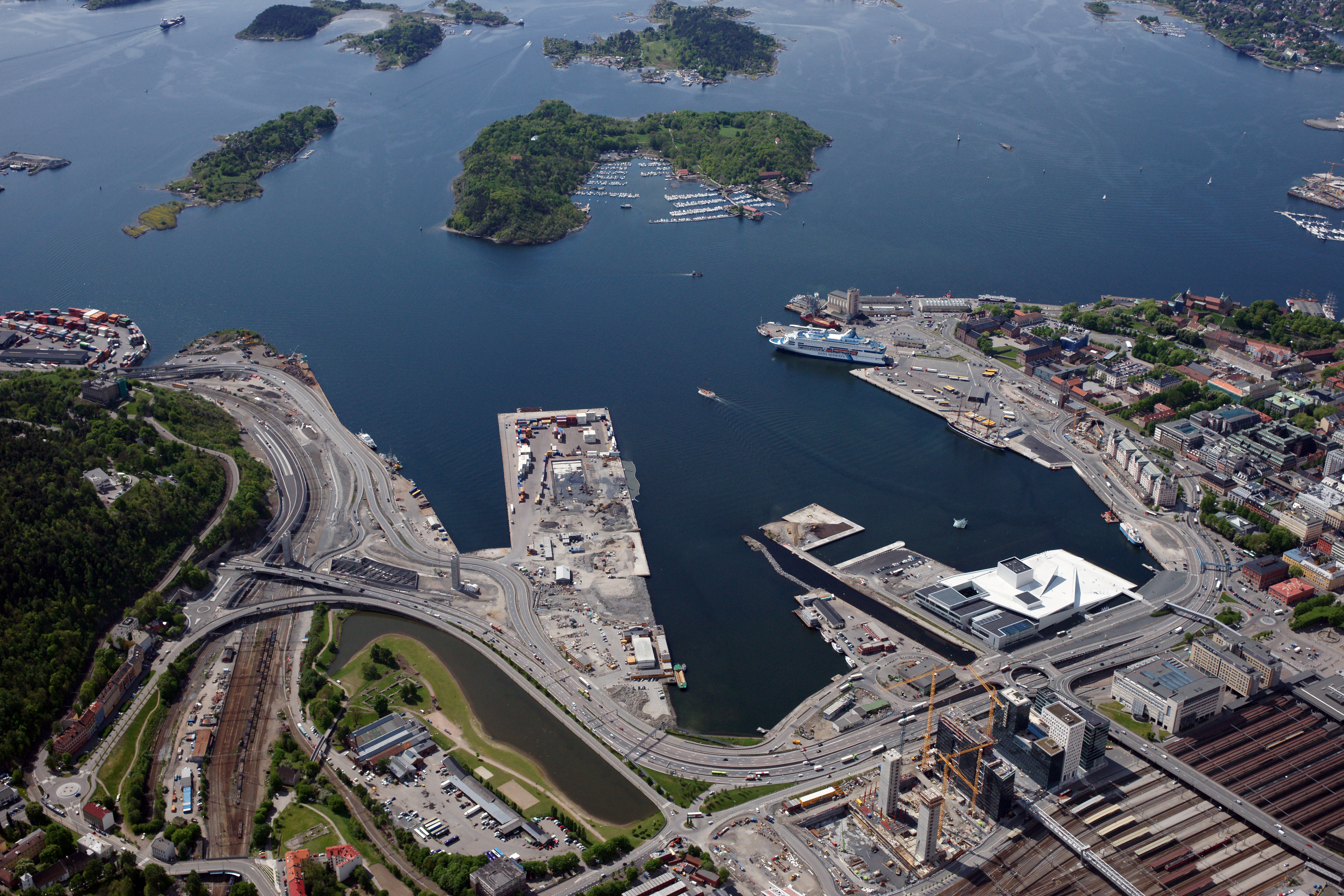 Oslo seen from above, Photo: Lasse Tur