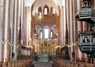 230514_Roskilde-Altar-Pulpit