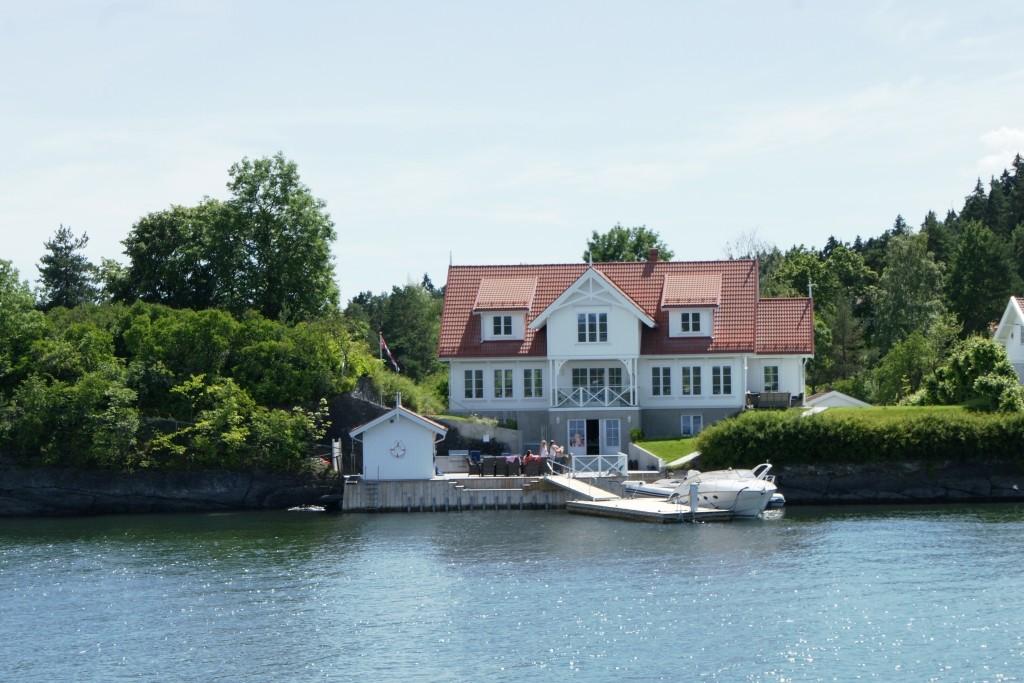 Summer residence at inner Oslo fjord