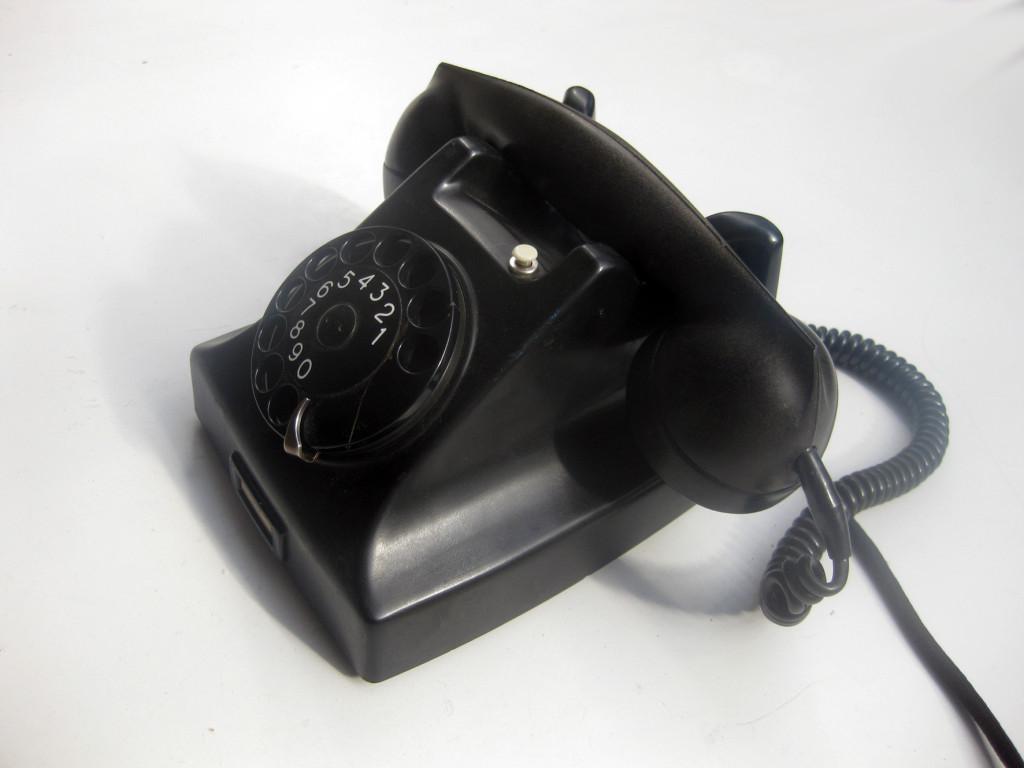 Ericsson-DBH15-telephone-1931