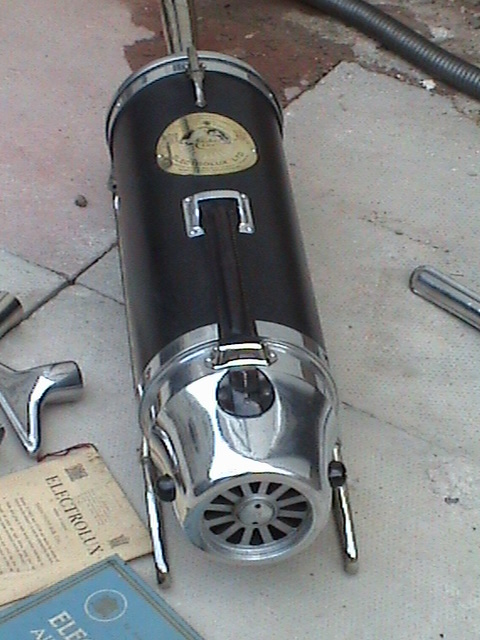 210715-electrolux-vacuum-cleaner-1927
