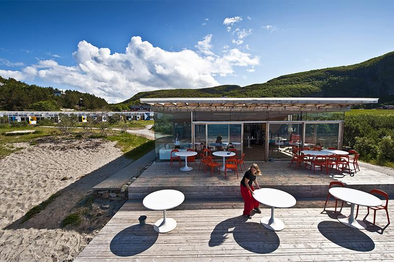 270715-the-beach-bar-stokkoya-norway
