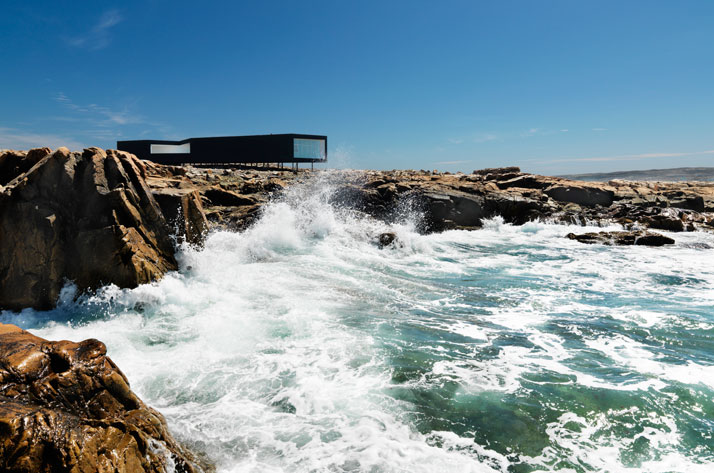 110915-fogo-island-saunders-architecture-long-studio