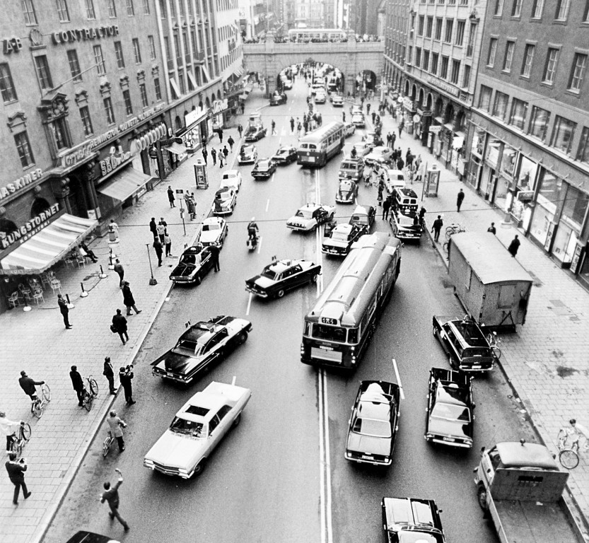 On 3 September 1967, Sweden switched from driving on the left-hand side of the road to the right. The result was chaos in the streets.
