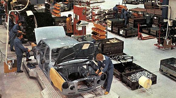 301215-volvo-assembly-line-kalmar-sweden