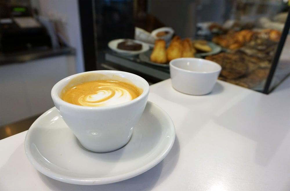 040316-KOPPI-Cafe-Counter