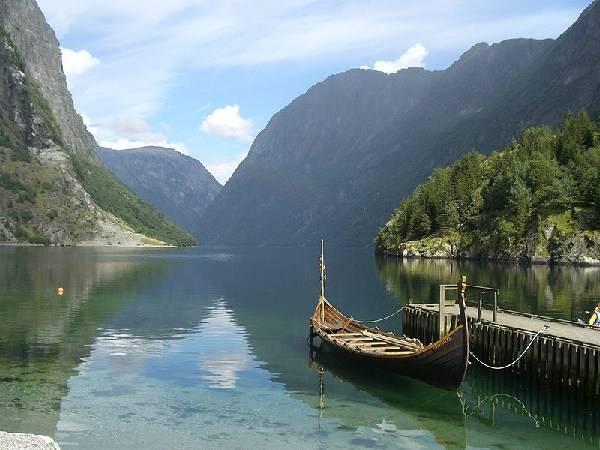 Fjaerlands fjord