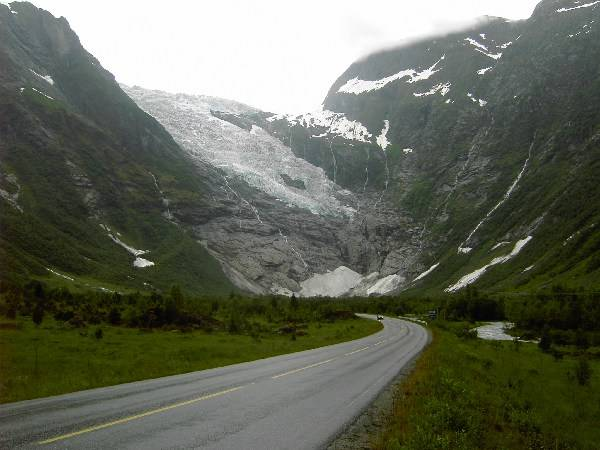 Bojabreen glacier. Photo: Andreas Wiesner