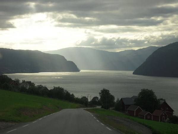 Road to Norfjorrd. Photo: Moszi