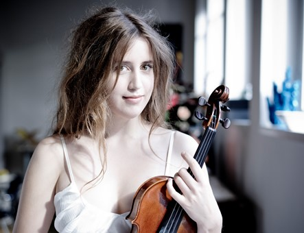 Vilde Frang Photo: Marco Borggreve