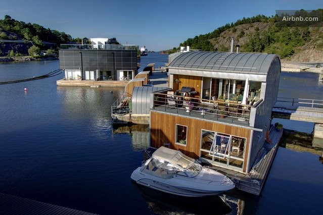 Floating appartment in Scandinavia