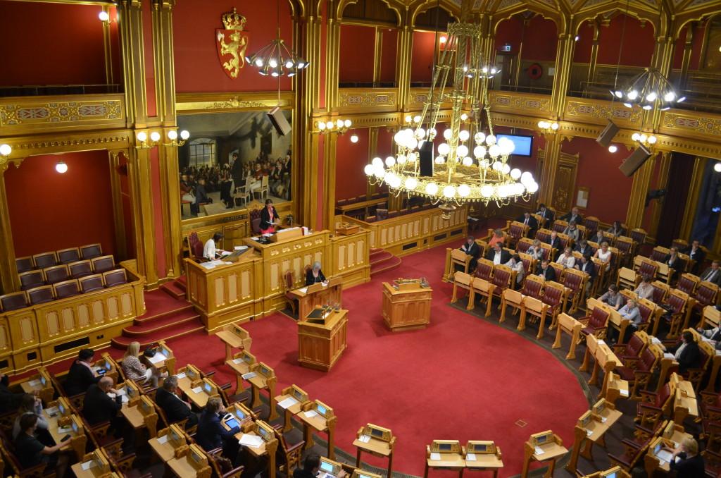 240316-parliament-building-oslo-interior