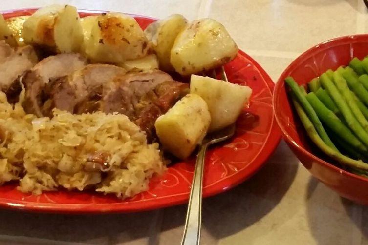 Roast pork wirh sauerkraut (surkål)