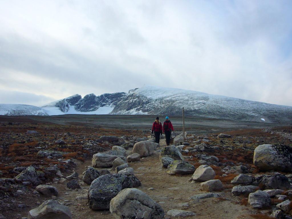 200616-hiking-to-snoheim