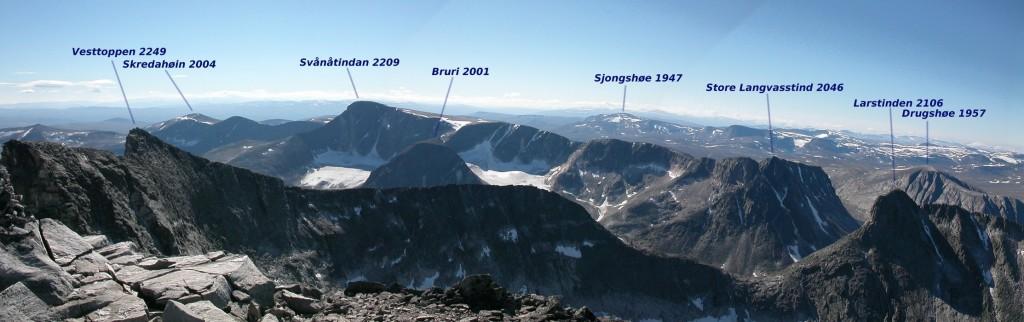 Snøhetta mountain massiv