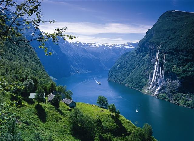 Geiranger fjord, Photo: Per Eide