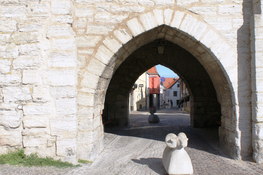 Visby City Wall. Photo: Tor Kjolberg