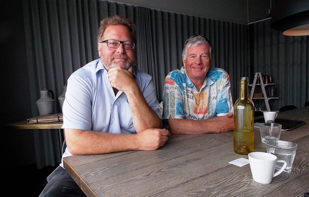 Janne Bromann (left) with editor in Chief Tor Kjolberg. Photo Helgard Mahrdt